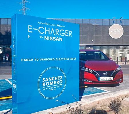 Nissan y Sanchez Romero ponen en funcionamiento nuevos puntos de recarga para vehículos eléctricos en Majadahonda (Madrid)