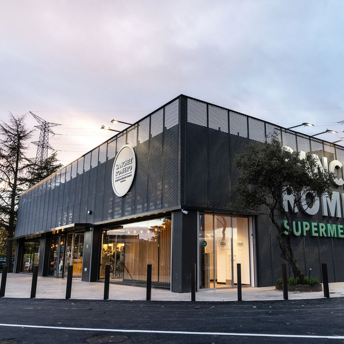 Comunicado cambio de horario de cierre en Supermercados Sanchez Romero