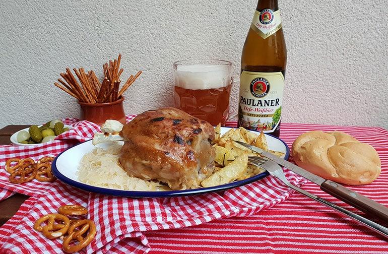 Codillo en salsa de mostaza con patatas gajo